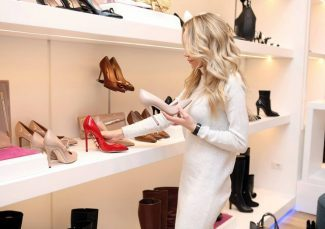 Case Study: Luxury Brand Shopping During the Q4/Holiday Season