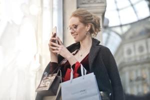 christmas shopping, holiday shopping, holiday shopping predictions