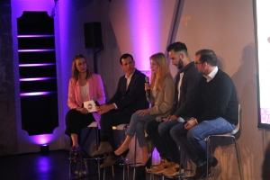 Annalena Bauer mit Publisher Panel