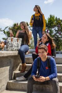 high school back-to-school shopper profile, back to school marketing strategies